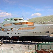 H01 Yacht