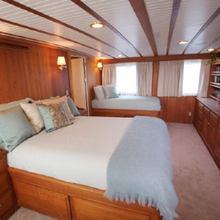 Phoenix Yacht