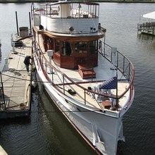 Sequoia Yacht