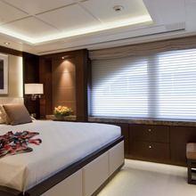 Huntress Yacht VIP Stateroom