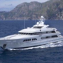 Majestic Yacht Running Shot - Profile