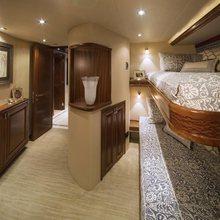 Tasia Yacht