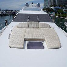 Juan Yacht