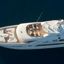 Leonardo III Yacht Overhead