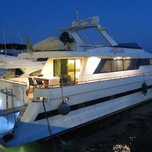 Tropical Yacht