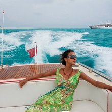 H Yacht Charter Guest in Tender
