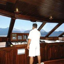 Dar Yacht