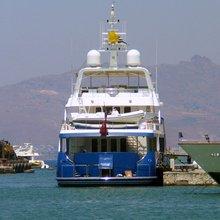 B5 Yacht