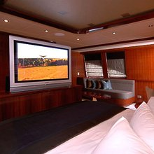 Seafaris Yacht Master Stateroom - Screen
