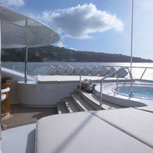 Majestic Yacht Jacuzzi