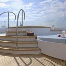 Huntress Yacht Jacuzzi