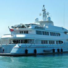 Samax Yacht