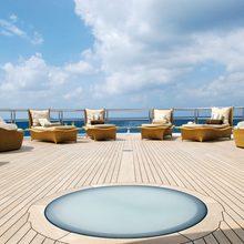 Global Yacht Jacuzzi & Sun Loungers