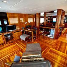 Zenith Yacht Office/Study