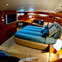 Zenith Yacht VIP Stateroom