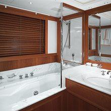 Norfolk Star Yacht Master Bathroom