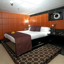 """Slo Mo Shun Yacht Guest """"Leather"""" Stateroom"""