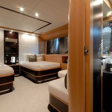 Pure One Yacht Twin Stateroom