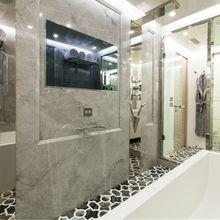 Apricity Yacht Master Bathroom