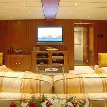 Western Isles Yacht