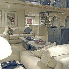 Lady Arraya Yacht Salon