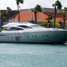 Rompemar Yacht