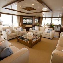 Regulus Yacht Saloon