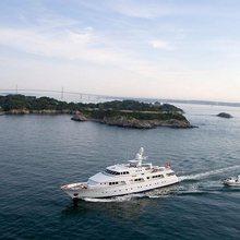 Rena Yacht Running Shot  - Aerial