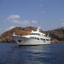 El Caran Yacht