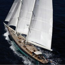 Seabiscuit Yacht Overhead