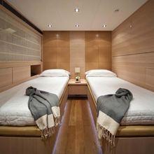 Fan Too Yacht Twin Stateroom