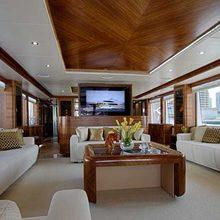 Le Must Yacht