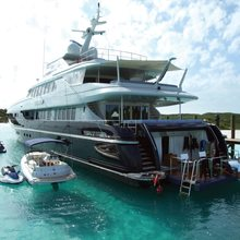 You & Me Yacht Stern