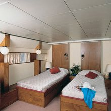 Proton Yacht Twin Stateroom