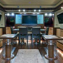 H1 Yacht