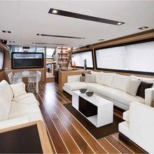 Montrachet Yacht