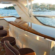 Hatteras 80 Yacht