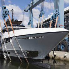 Unasola Yacht