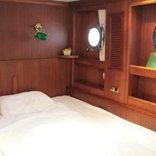 Kairos II Yacht Guest Stateroom