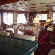 Kingfisher Yacht