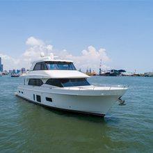 Mudslinger Yacht