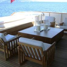 Tugatsu Yacht Exterior Seating