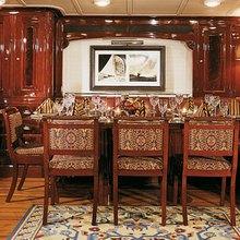 Ranger Yacht Dining
