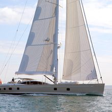 Thistle Yacht