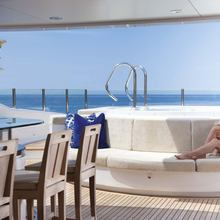 Ice Angel Yacht Jacuzzi & Dining