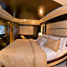 Hiatus Yacht