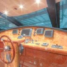 Neptunus 75 Flybridge Yacht