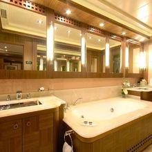 Force India Yacht Master Bathroom