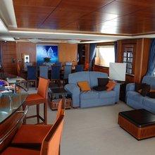 Squalo Yacht