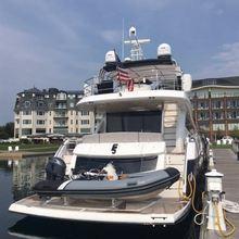 F5 Yacht